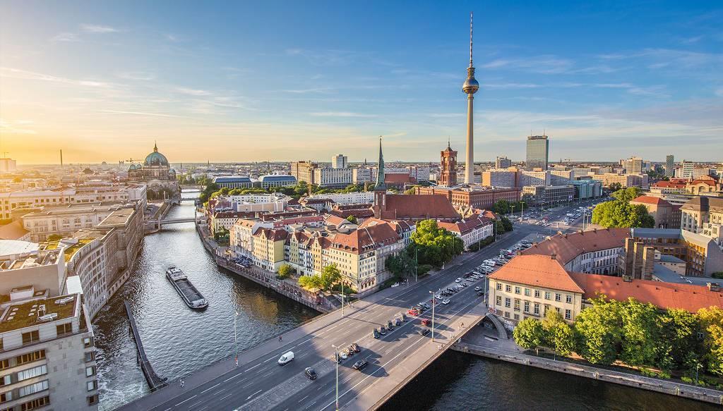 Adana Çıkışlı Büyük Polonya - Almanya Turu