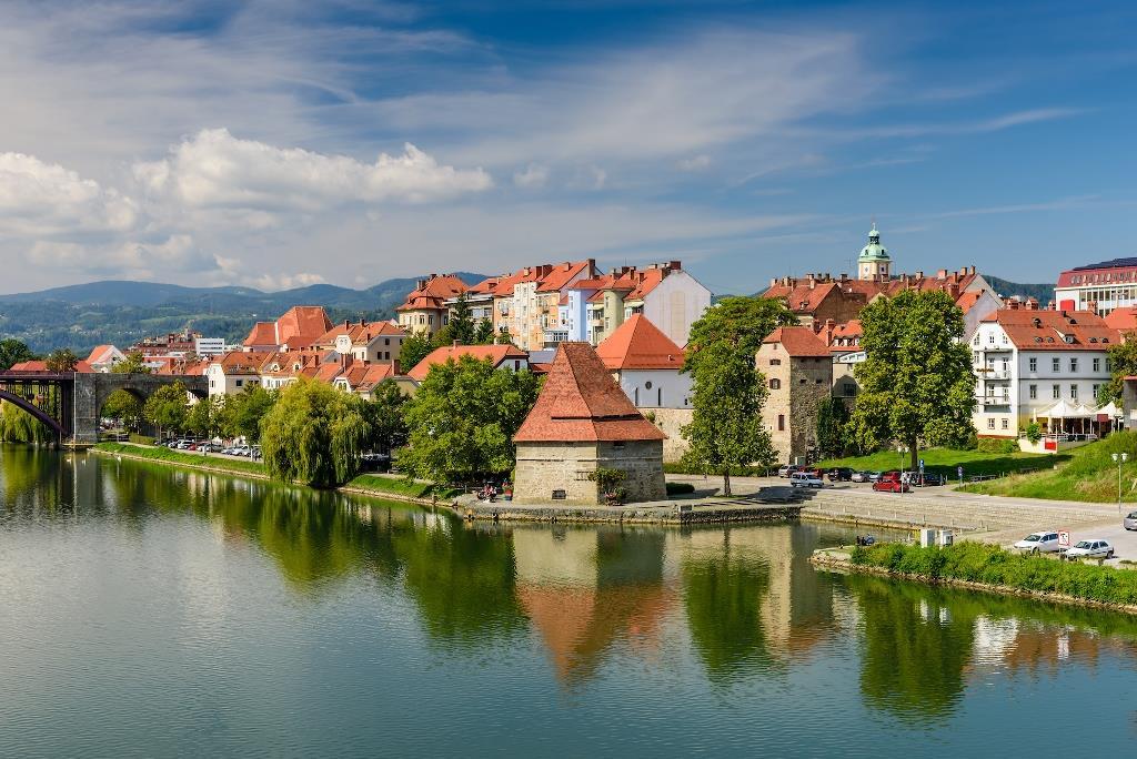 Maribor - Budapeşte - Viyana - Prag - Salzburg Turu