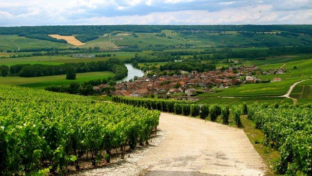 Muhteşem Avrupa - Prag & Romantik Yol & Alsace & Paris Turu Champagne, Fransa